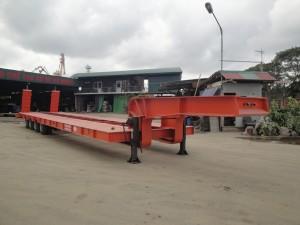 Sơmi rơmoóc tải 59 tấn (chở xe, máy chuyên dùng) và container phi tiêu chuẩn