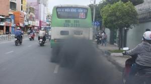 Có nên lùi áp dụng tiêu chuẩn khí thải?